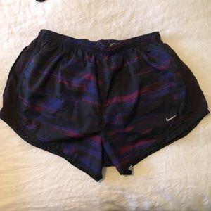 Nike Shorts - Patterned bike tempo shorts